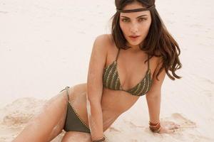 Alyssa Miller sexy bikini Calzedonia Chic Army