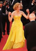 th_91059_Tikipeter_Jessica_Chastain_The_Tree_Of_Life_Cannes_083_123_1145lo.jpg