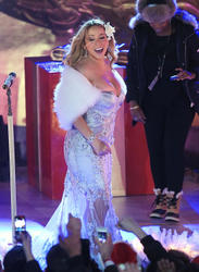 Mariah Carey - Christmas In Rockefeller Ctr. (11-28-12) Cleavage Alert!