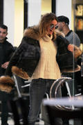Elle MacPherson out shopping and going to a beauty salon in Miami 14-12-2010